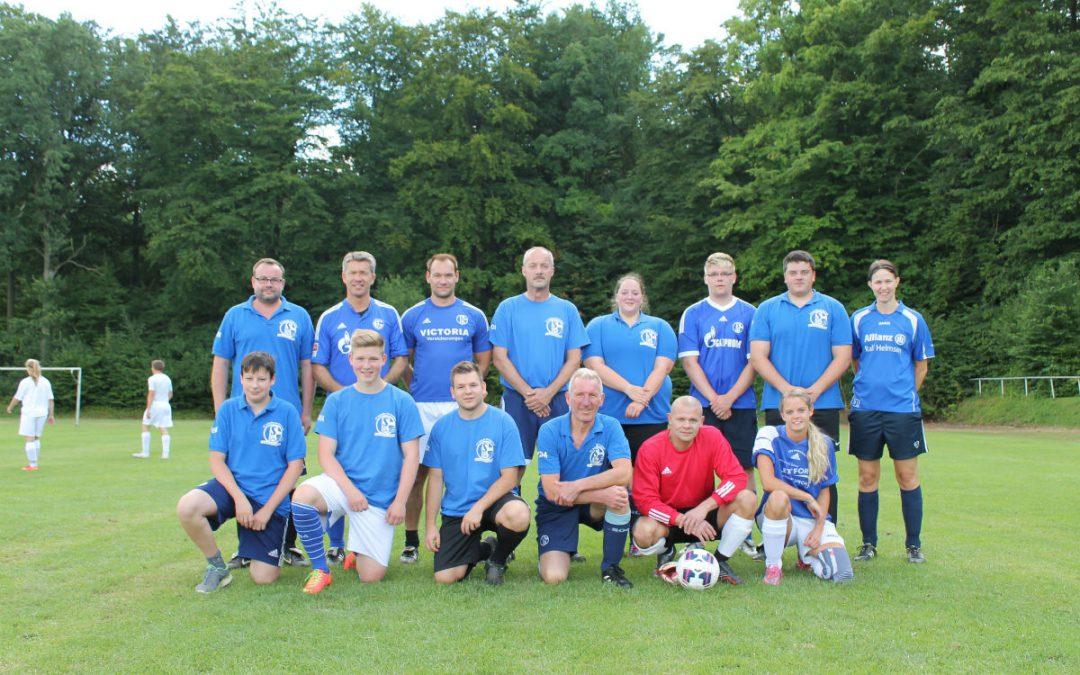 Mannschaft der Innersteknappen beim Giesener Dorfpokal 2015